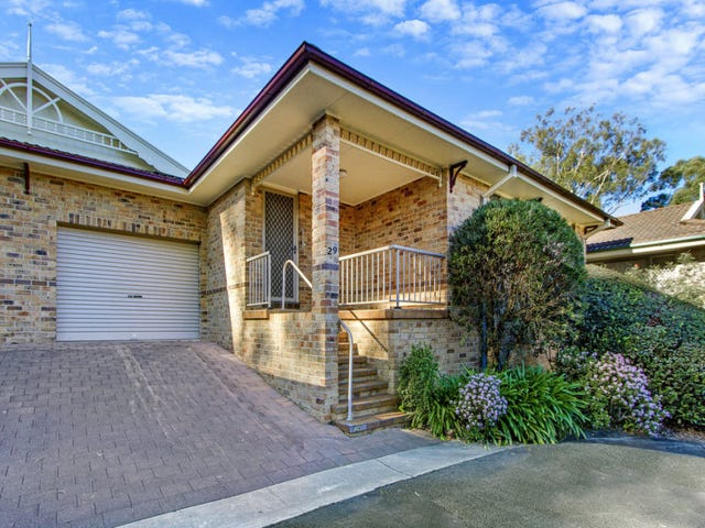 29/12-20 Kinarra Avenue, Wyoming, NSW 2250
