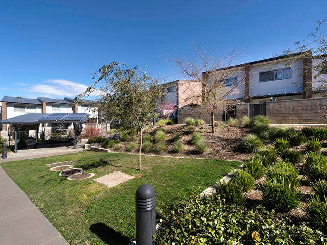 8/94 Henry Kendall Street, Franklin, ACT 2913