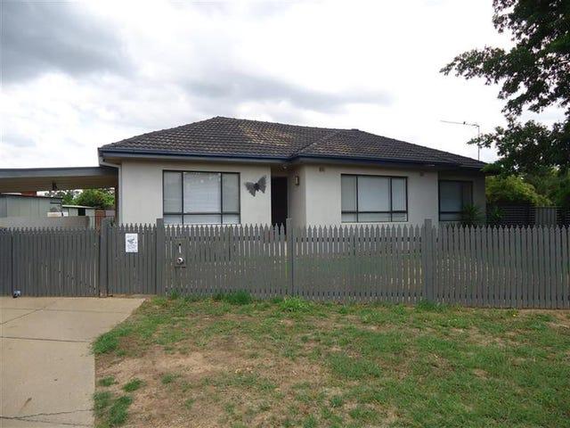 32 Anne St, Tolland, NSW 2650