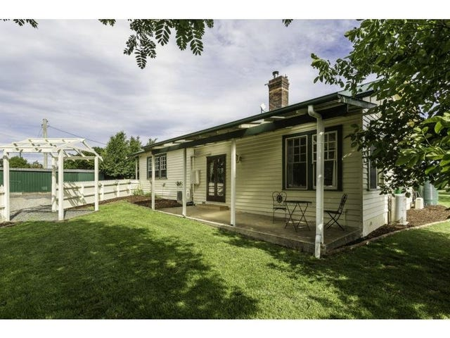 11 Church Street, Carrick, Tas 7291