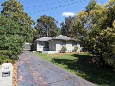 123 Boak Avenue, Mount Helen, Vic 3350
