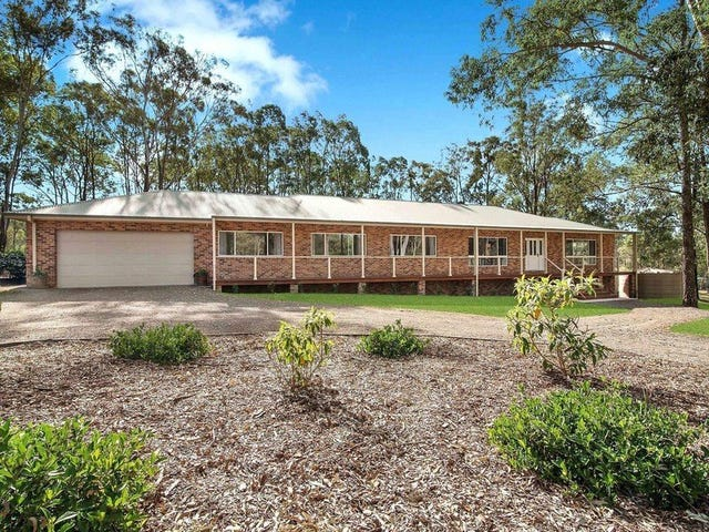 4 Durham Grove, Wallalong, NSW 2320