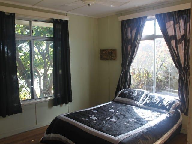 15 Milne Bay Road, Mount Isa, Qld 4825