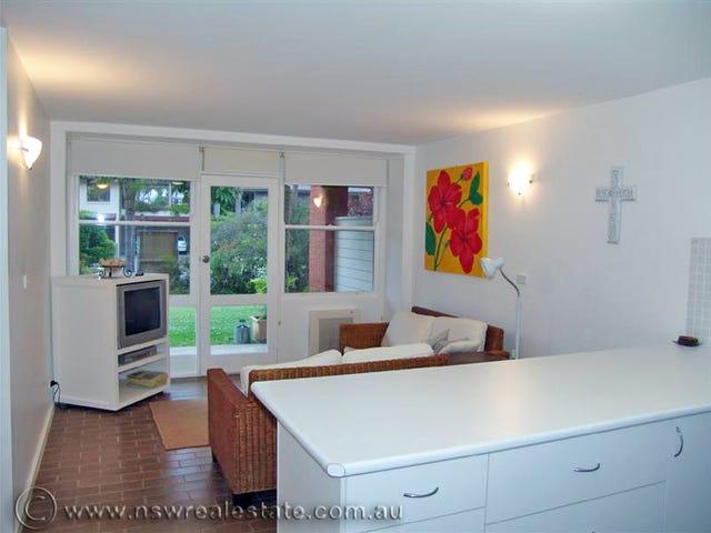 2/35 Sandy Beach Road, Korora, NSW 2450