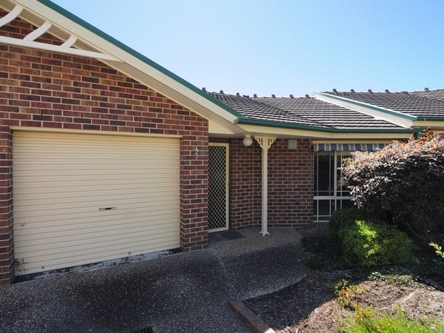 2/8 Regent Place, Bomaderry, NSW 2541