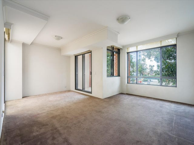 37/121 Pacific Highway, Hornsby, NSW 2077