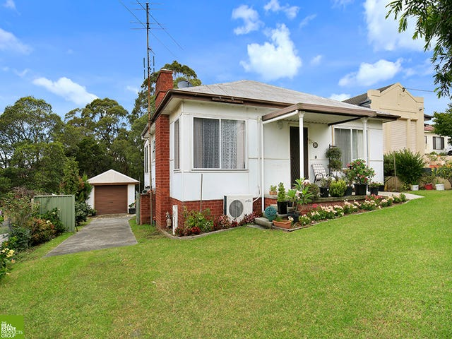 21 Staff Road, Unanderra, NSW 2526