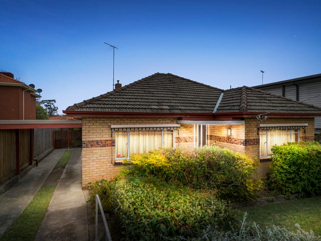 16 Ferntree Gully Road, Oakleigh East, Vic 3166