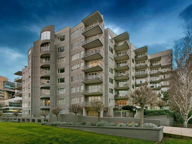 704/23 Queens Road, Melbourne, Vic 3004
