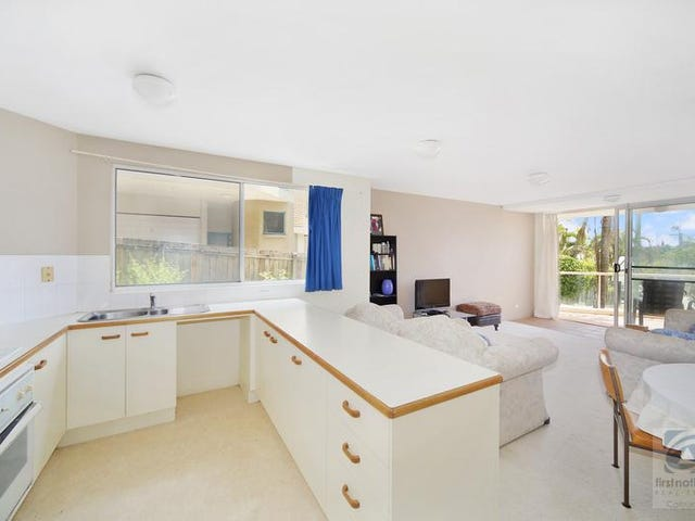 2/14 Mahia Terrace, Kings Beach, Qld 4551