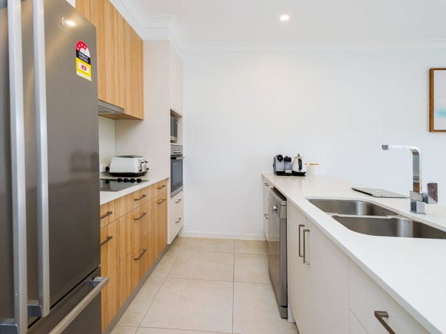 22/156 Marina Quays Boulevard, Hope Island, Qld 4212