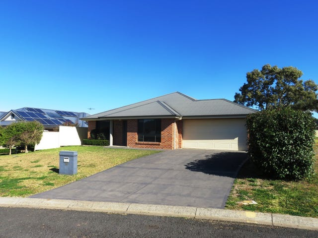 14 Kennedy Close, Aberdeen, NSW 2336