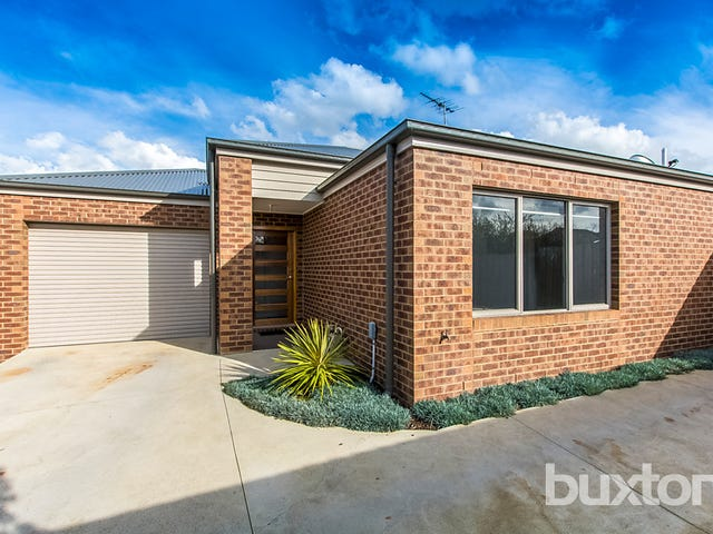 2/4 Belcher Street, Hamlyn Heights, Vic 3215