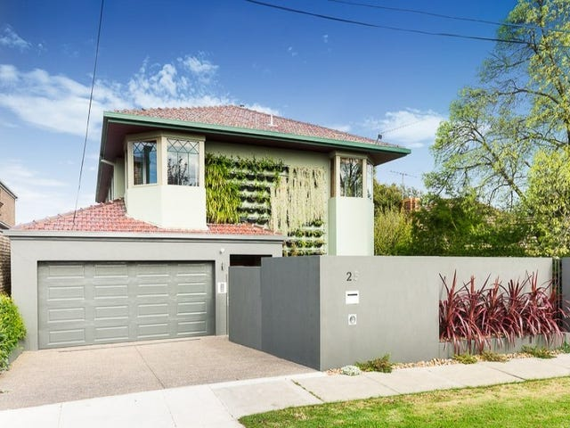 25 Hayes Road, Strathmore, Vic 3041