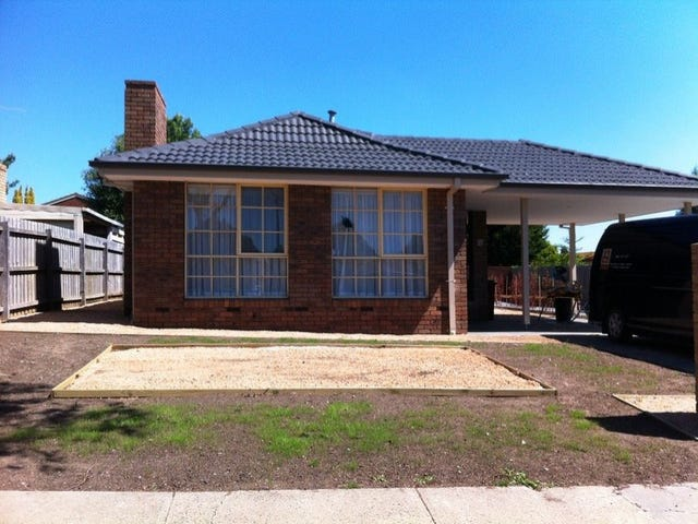 16 Chirnside Road, Berwick, Vic 3806