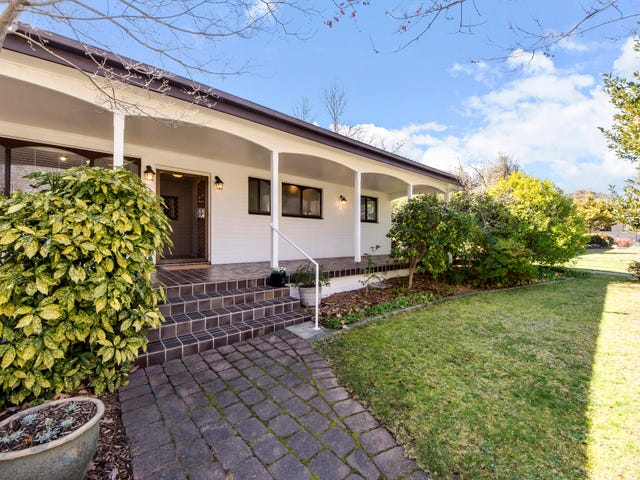 70 Groom Place, Hughes, ACT 2605