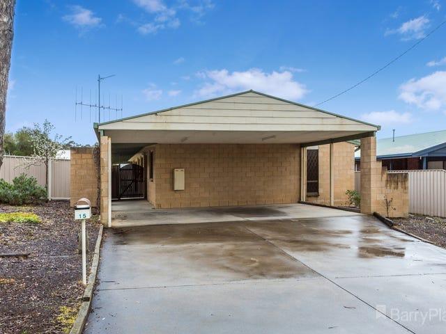 15 Lowe Street, Kangaroo Flat, Vic 3555