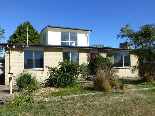 9 Kitchener Avenue, Beauty Point, Tas 7270