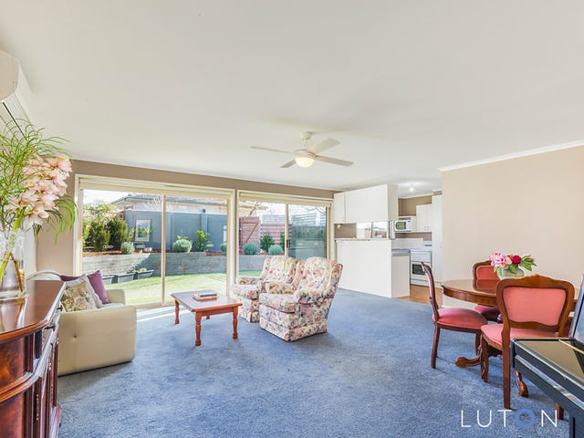 3/6 Kemsley Place, Pearce, ACT 2607