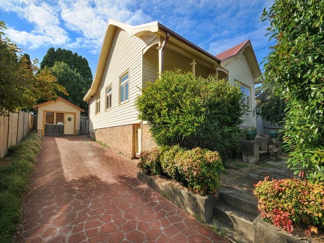 9 Eunoe Street, Katoomba, NSW 2780