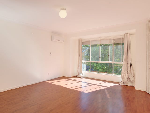 16 Cedar Grove, Castle Hill, NSW 2154