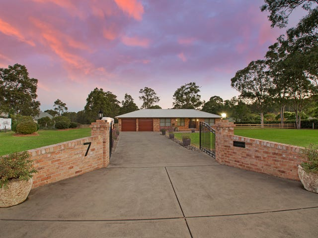 7 Forsythe Parade, Black Hill, NSW 2322