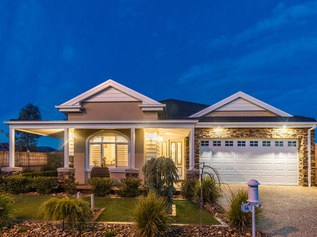 14 Stoneleigh Road, Cranbourne North, Vic 3977