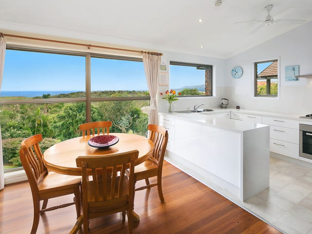 10 Lighthouse Crescent, Emerald Beach, NSW 2456