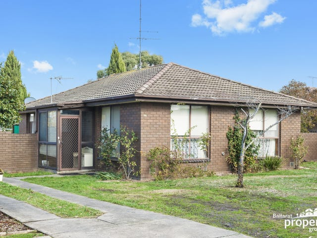27 Whitelaw Avenue, Delacombe, Vic 3356