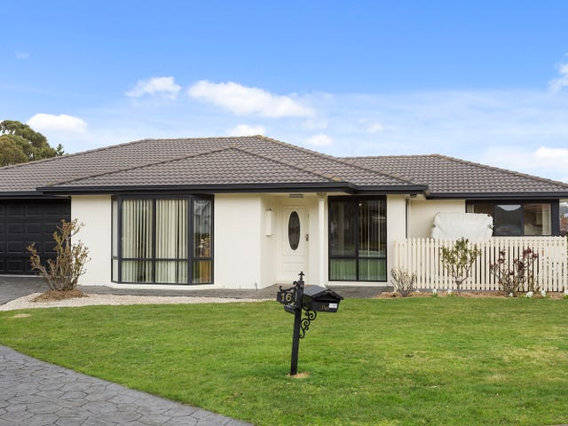 16 Manor  Gardens, Kingston, Tas 7050