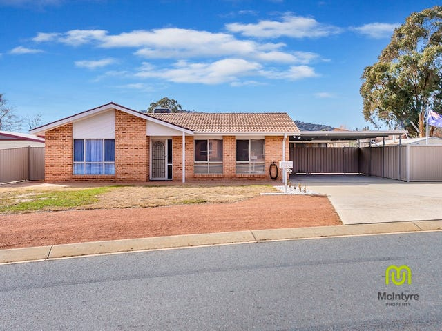 2 House Circuit, Banks, ACT 2906