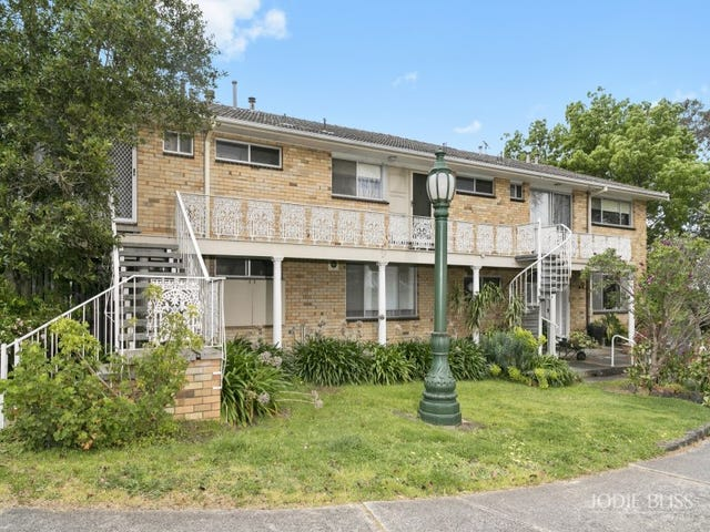 4/12 Cedar Grove, Highton, Vic 3216