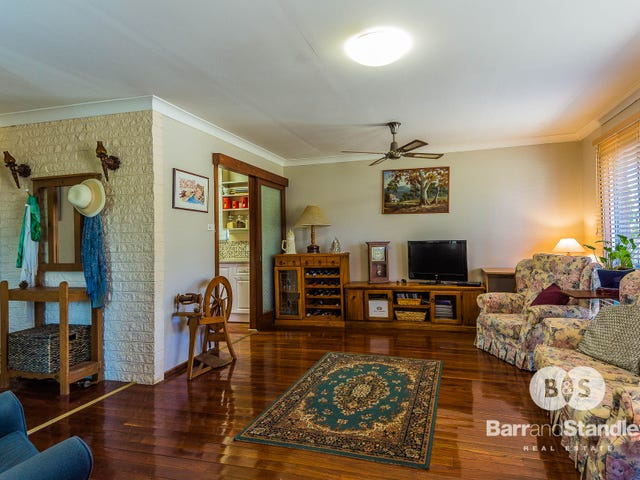33 Murray Drive, Withers, WA 6230