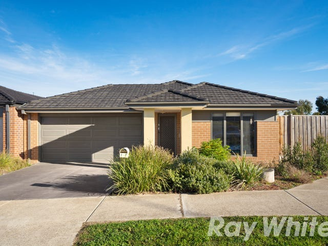 17 BASSETTS ROAD, Doreen, Vic 3754
