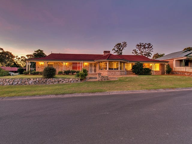 12 Huon Pl, Forest Lake, Qld 4078