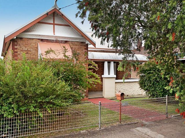 18 Lorn Street, Lorn, NSW 2320