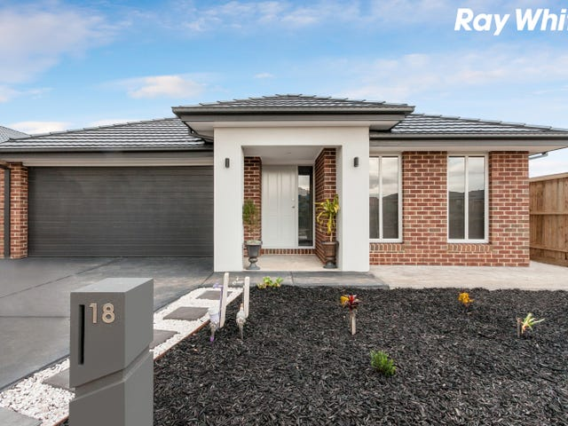 18 Sandymount Drive, Clyde North, Vic 3978