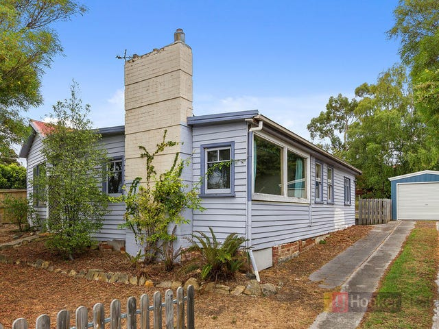 233 Roslyn Avenue, Blackmans Bay, Tas 7052