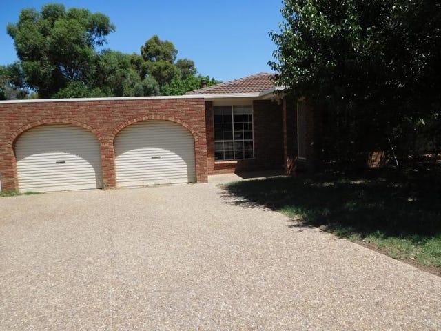 4 Egret Place, Estella, NSW 2650