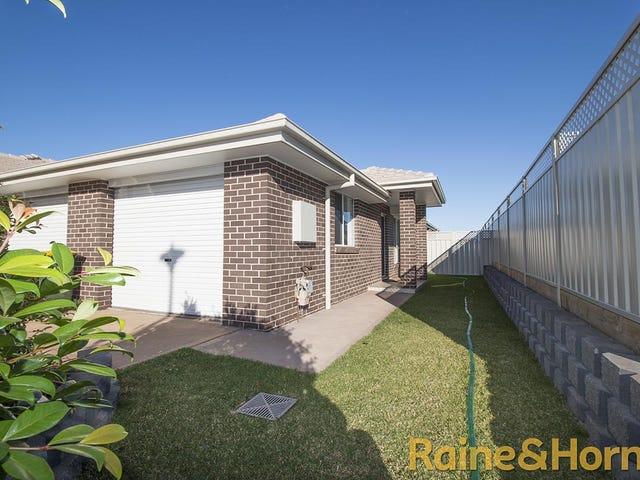 32B Lansdowne Drive, Dubbo, NSW 2830