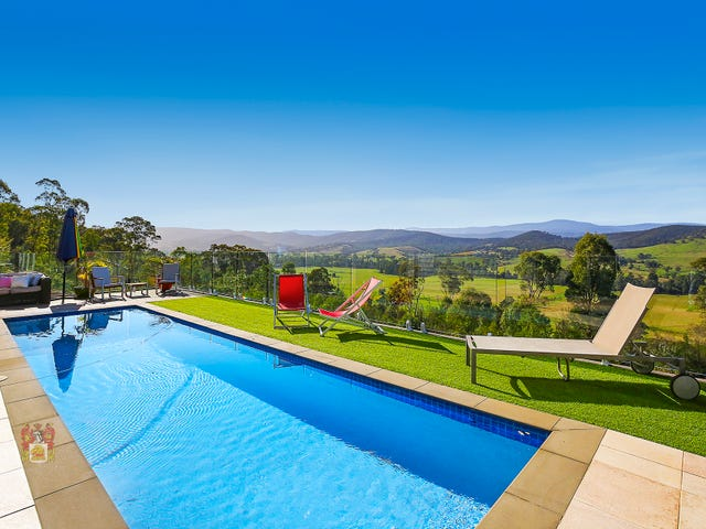 669 Steels Creek Road, Steels Creek, Vic 3775