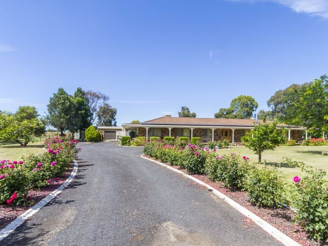 111 Waratah Street, Cowra, NSW 2794