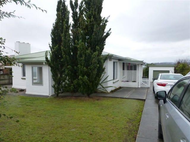 22 Napier Street, Beauty Point, Tas 7270
