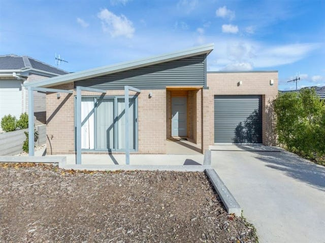 57 Bieundurry street, Bonner, ACT 2914
