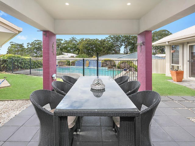 5 Quay Crescent, Safety Beach, NSW 2456