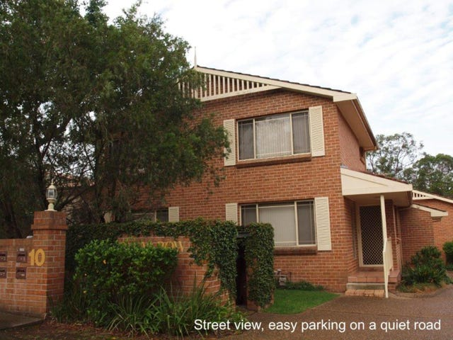 1/10 Forrest Road, East Hills, NSW 2213