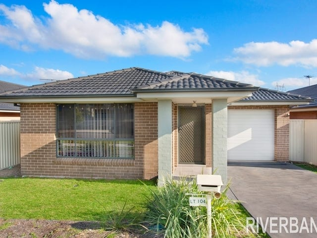111  Flynn Ave, Middleton Grange, NSW 2171