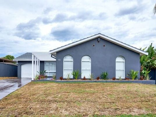16 Westmoor Grove, Werrington Downs, NSW 2747