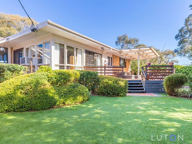6 Downer Place, Kambah, ACT 2902