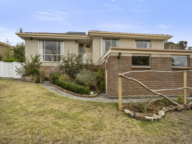 17 Lucas Street, Kingston, Tas 7050